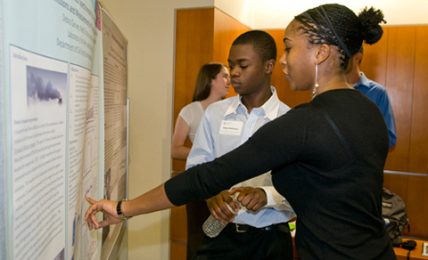 LAR REU participant Debbs Garvey describes her project results